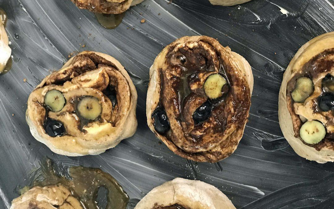 Rollitos navideños de Secale con tres especias a la crema de vainilla